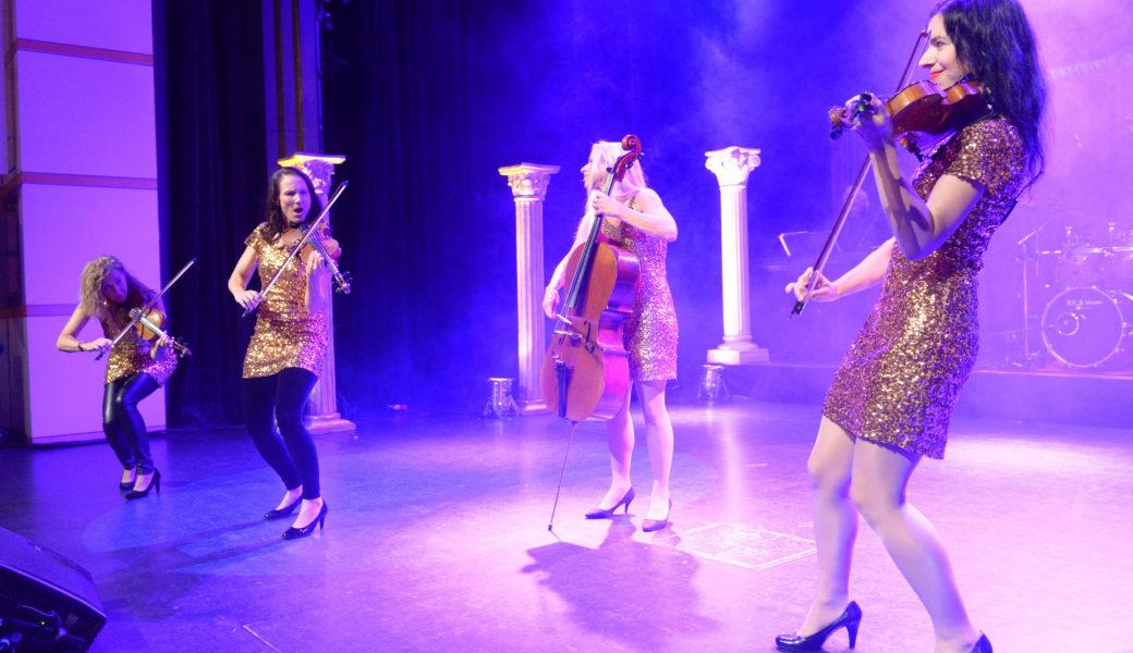 live auf der Bühne